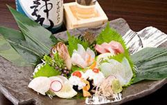 心屋が新鮮な魚介類を仕入れることができる理由